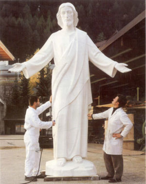 Fiberglass Statues And Reproductions 003